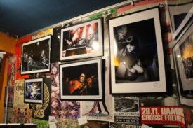 So sieht ein Teil der ausgestellten Fotos aus. Geht hin und seht es an!
