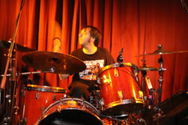 Der Schlagzeuger ist der ruhende Pol