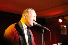 Der Sänger Reverend Beat-Man