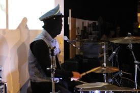 Ursus-Drummer bekommt Einzelbild