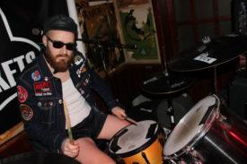 Cool hinterm Schlagzeug